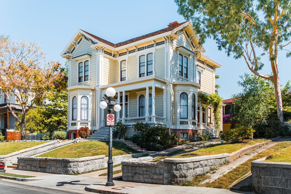 27Victorian House