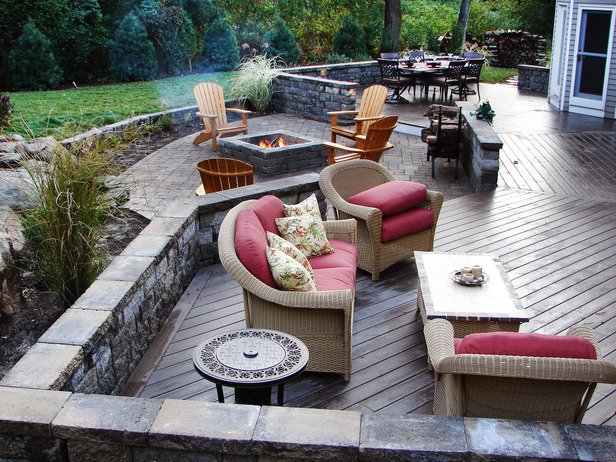 Outdoor Fireplace Inspiration 11