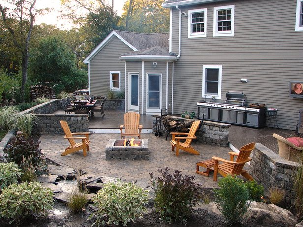 Outdoor Fireplace Inspiration 12